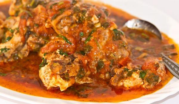 Пиле яхния 1700 гр.
